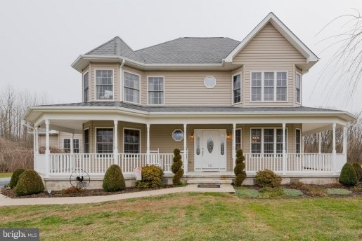 chestertown new listing